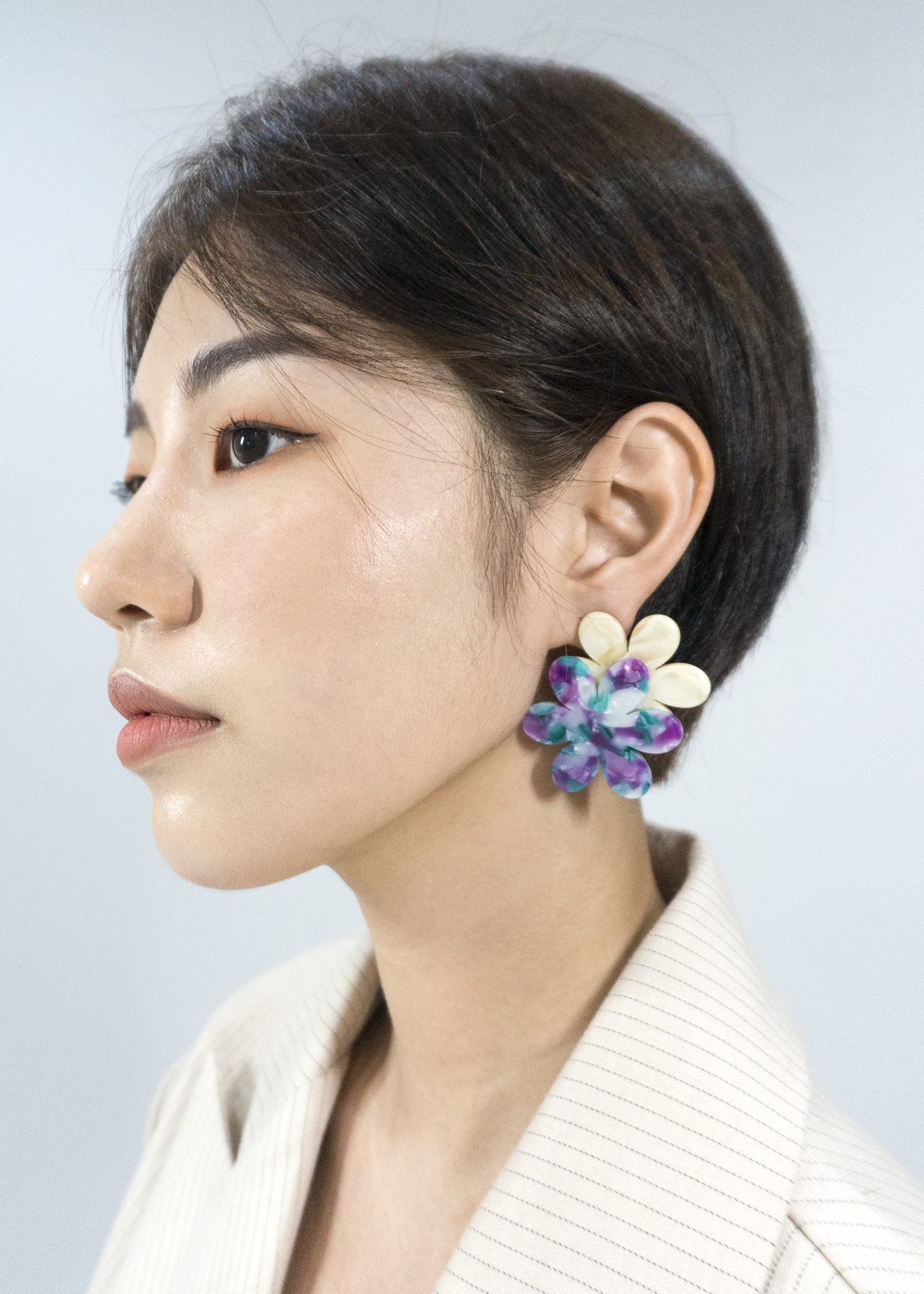빅 더블 플라워 이어링 BIG DOUBLE FLOWER RESIN EARRING