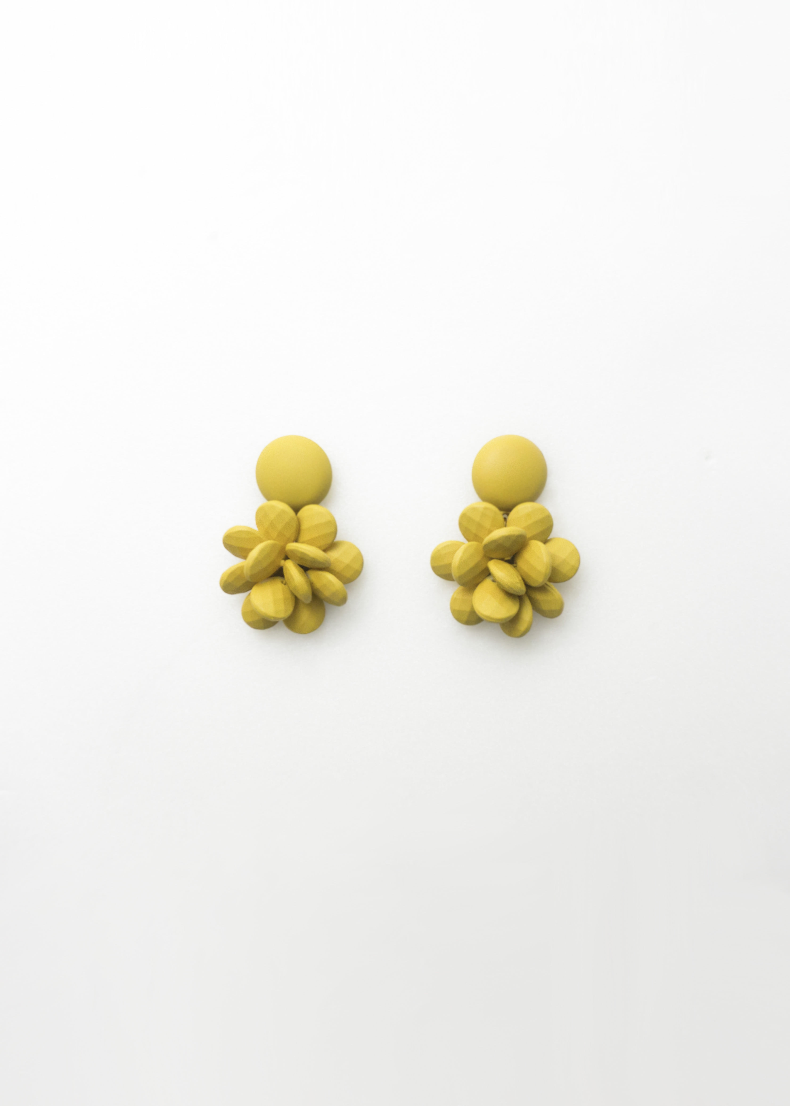 Pine Cone Color Earring 솔방울 컬러 이어링
